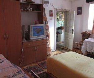 Casa de vanzare ,8 camere, zona centrala