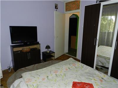 Apartament decomandat Gara-Lic  T. Arghezi