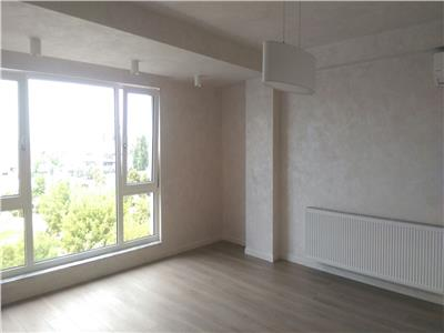 Apartament cu 3 camere pe 2 nivele, cu scara interioara