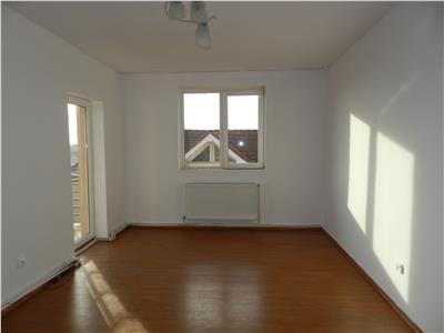 Apartament 2 camere  in zona Billa, etaj 3