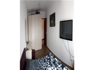Apatament cu 2 camere decomandate