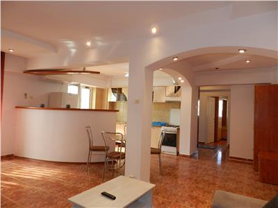 Apartament situat central, complet mobilat si utilat