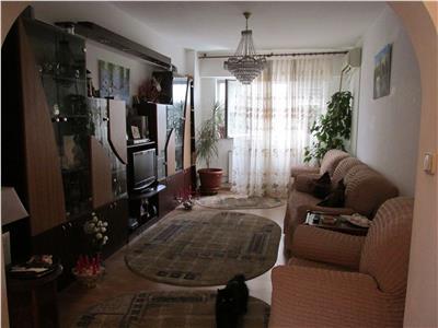 Apartament deosebit, cu 4 camere, in Rovine-Parculet