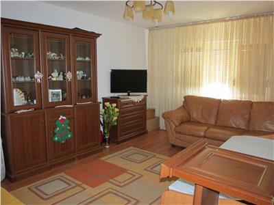 Apartament decomandat cu 2 camere