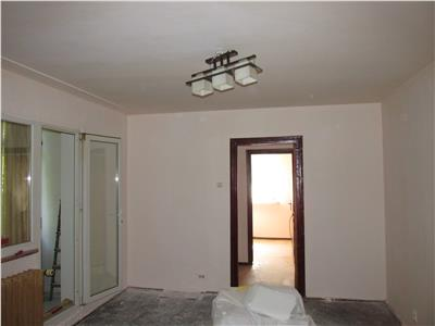 Apartament semidecomandat in Brazda, la Baba Novac
