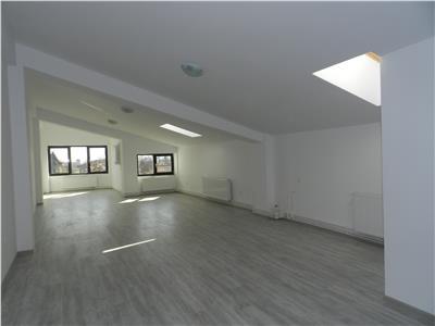 Apartament complet mobilat, utilat, CT, AC, langa Universitate
