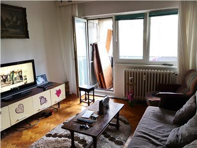 Apartament decomandat cu 3 camere - Ciuperca