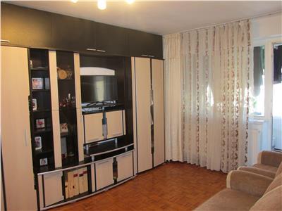 Apartament decomandat cu 2 camere in Brazda