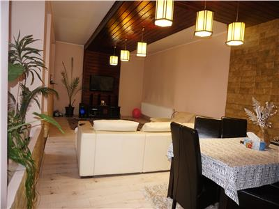 Duplex deosebit, zona exclusivista