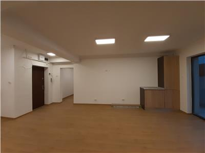 Spatiu birouri nou, zona centrala