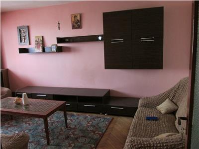 Apartament decomandat cu 4 camere la Ciuperca