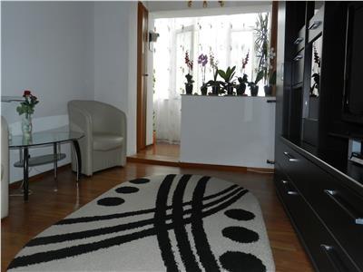 Apartament decomandat cu 3 camere in Lapus Arges