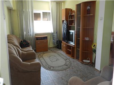 Apartament cu 3 camere complet mobilat si utilat