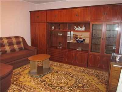 Apartament cu 3 camere in zona Piata Chiriac