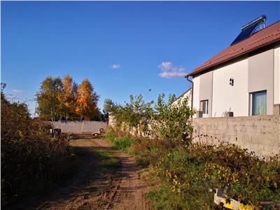 Teren de vanzare in zona Carcea - Pelendava